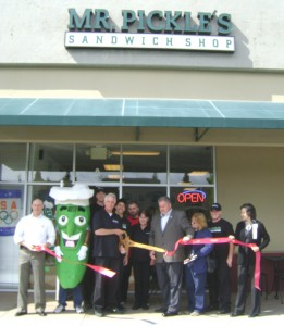 Owner Bill Byrnes cuts the ribbon at Antiochs new Mr Pickles1 261x300 Mr. Pickles Sandwich Shop Opens in Antiochs Bluerock Center