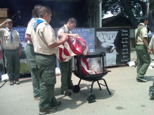 Boy Scouts retire a tattered flag 300x225 Antioch Celebrates Memorial Day with Thunder