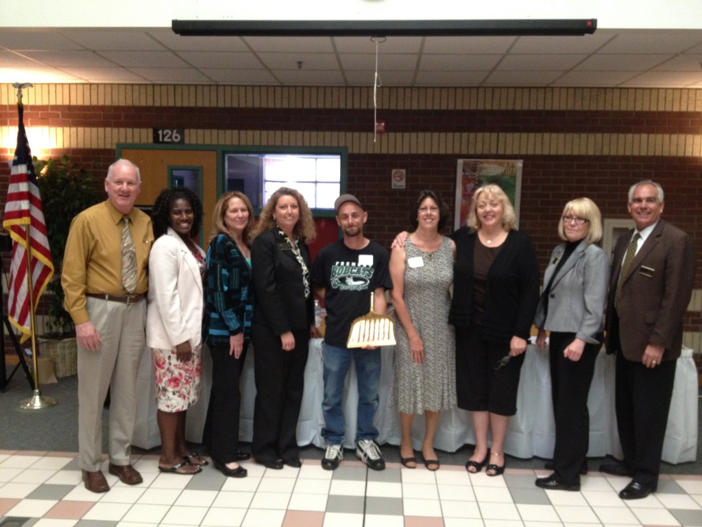 AUSD Classified Employee of the Year 1024x768 Jesse Wilkerson Awarded Antioch School Districts Classified Employee of Year