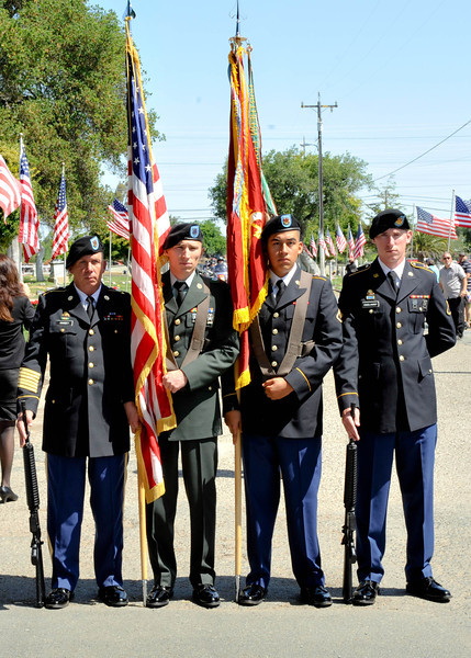 Color Guard Hundreds Attend Antioch Memorial Day Ceremony