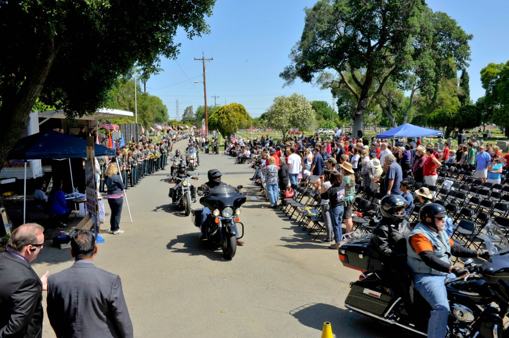Motorcyle vets roll in with the sound of thunder 1024x681 Hundreds Attend Antioch Memorial Day Ceremony