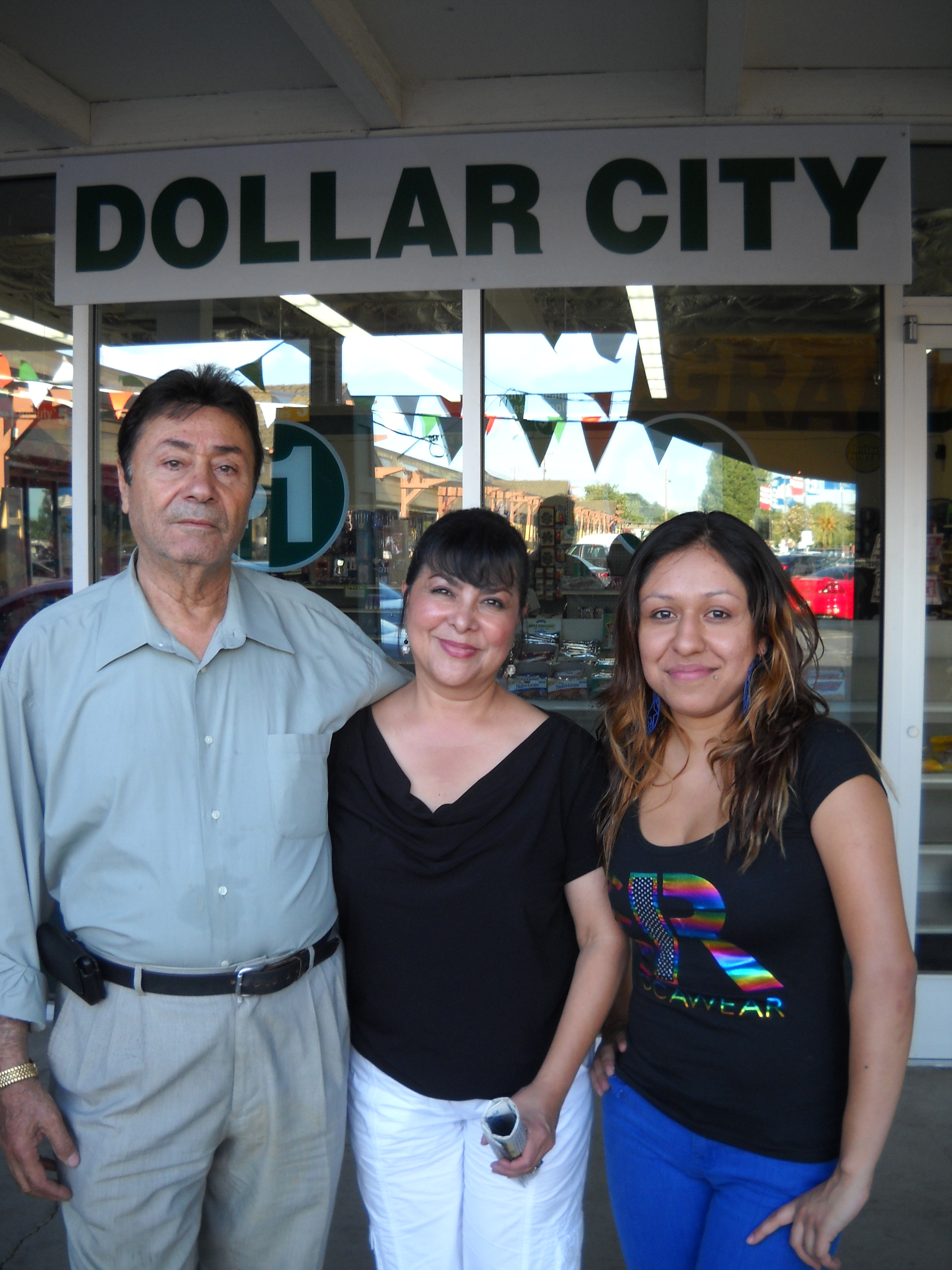 Dollar City owners mgr Dollar City Opens at 18th and A Streets in Antioch
