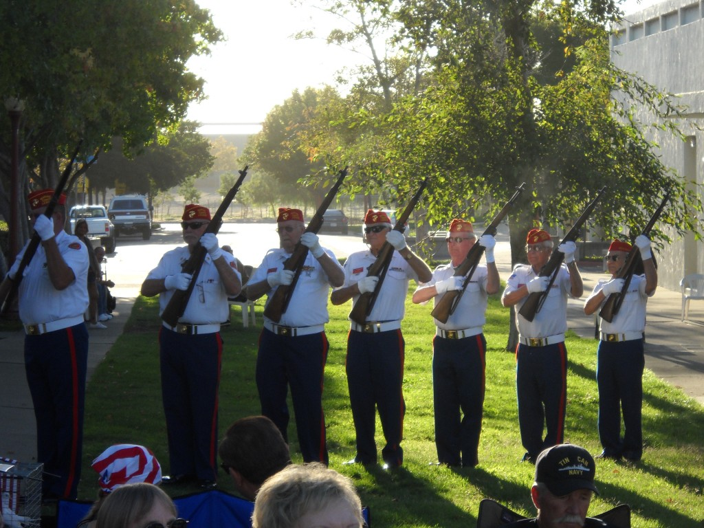 The Honor Guard of the Marine Corps League 1155 of Delta Diablo Brentwood provide the 21 gun salute 1024x768 Antioch Residents, Officials Gather to Remember 9 11