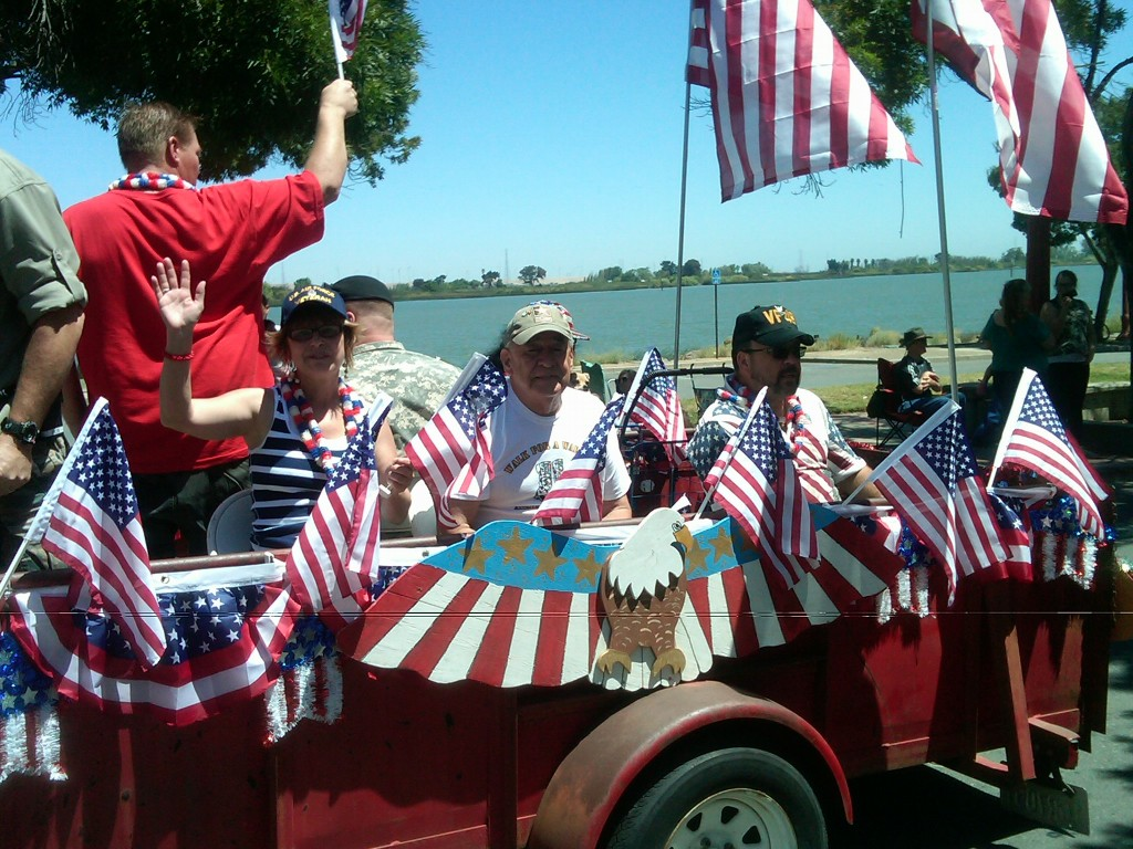 East County Veterans float