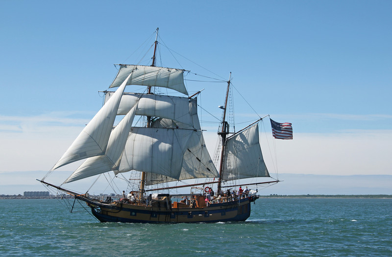 Hawaiian Chieftain under sail Tall ship Hawaiian Chieftain visits Antioch, this week