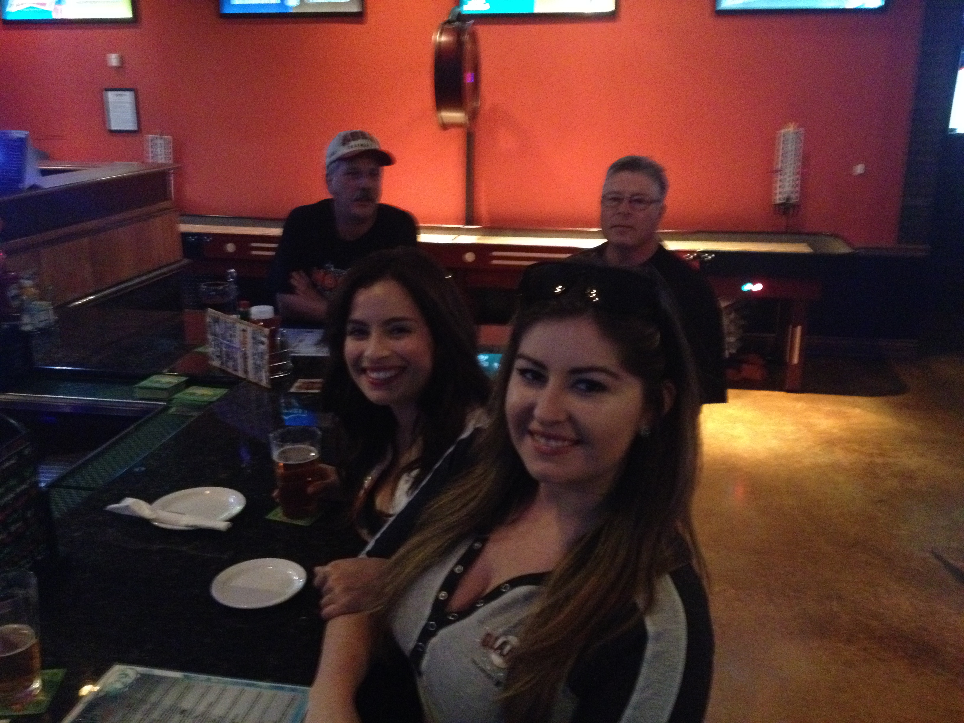 Giants fans enjoy the game at Tailgaters in Antioch Giants fans enjoying the playoff games, good for local businesses