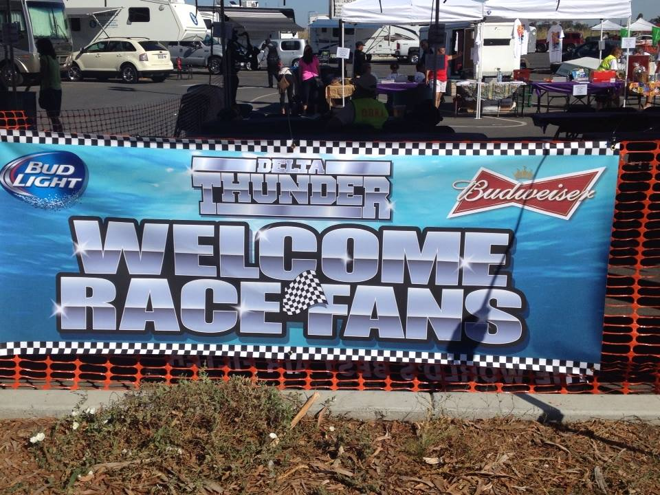 Welcome Race Fans sign Residents enjoy Delta Thunder speed boat races on Antioch waterfront
