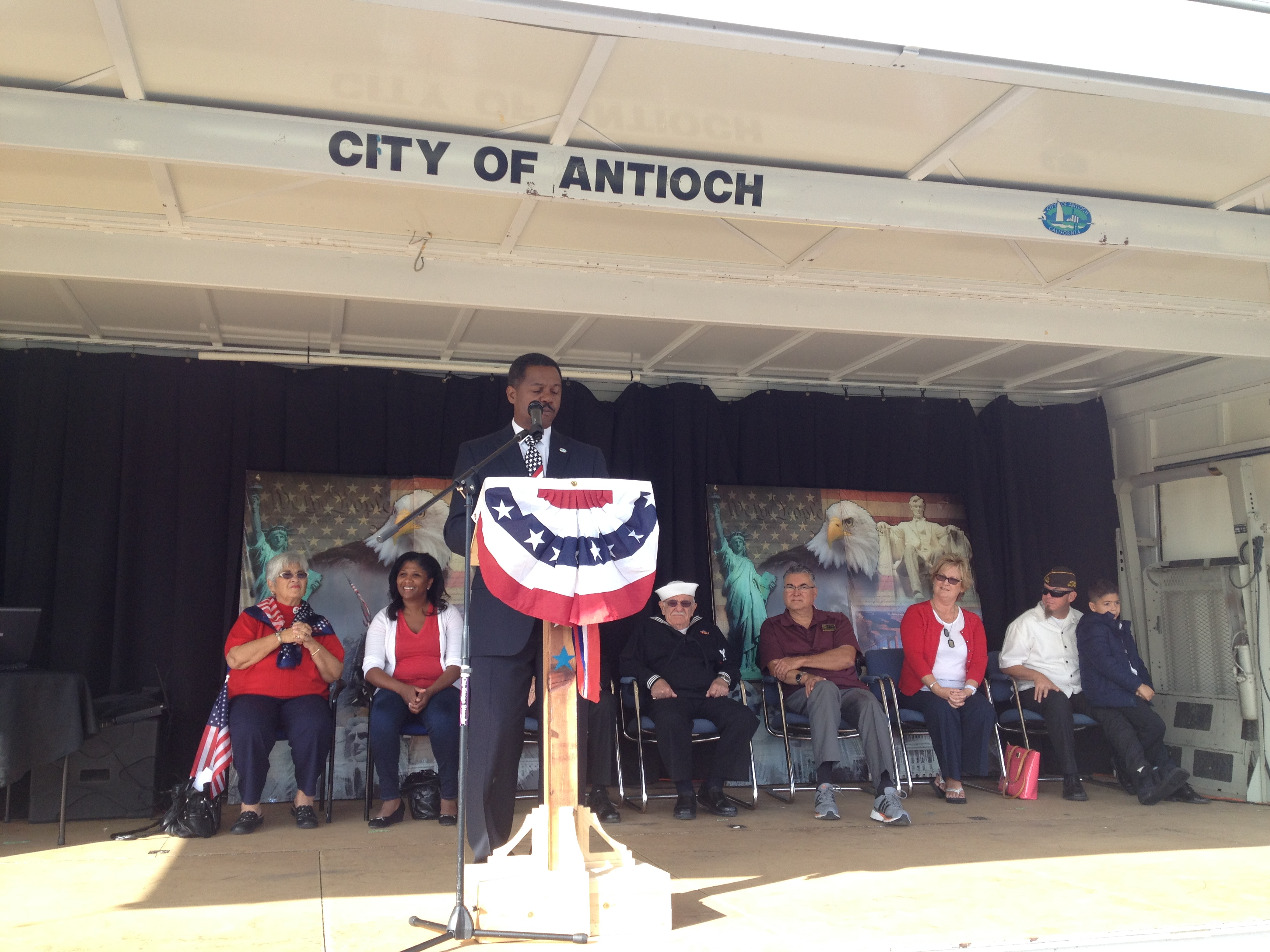 IMG 1057 Antioch commemorates Veterans Day with annual ceremonies, parade, VFW lunch