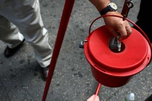 Salvation Army kettle 300x200 Salvation Army urgently needs bell ringers in Antioch