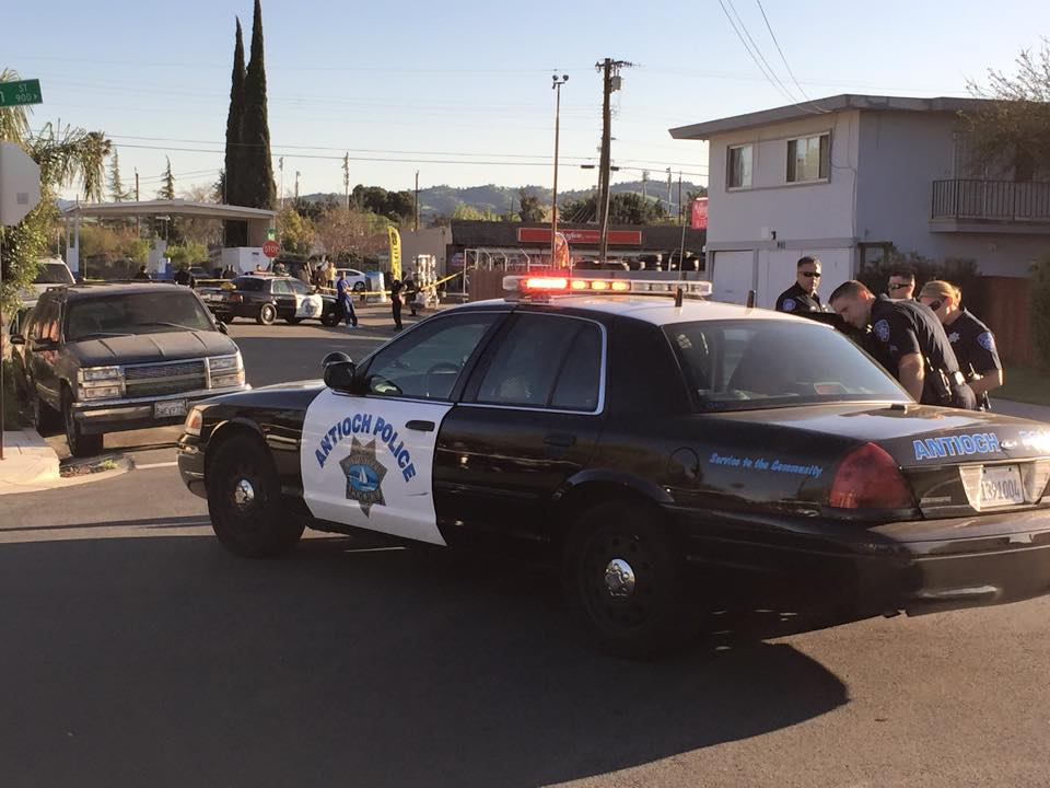 Antioch Police on the scene of the shoot out at 9th and J Streets Two shot during shoot out in Antioch, two arrested, Wednesday afternoon