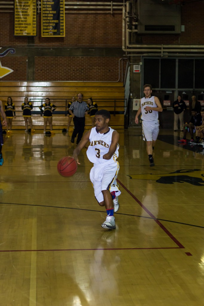 aheralddamani 2 682x1024 Antioch High's Damani Jackson Wright is an inspiration on and off the court
