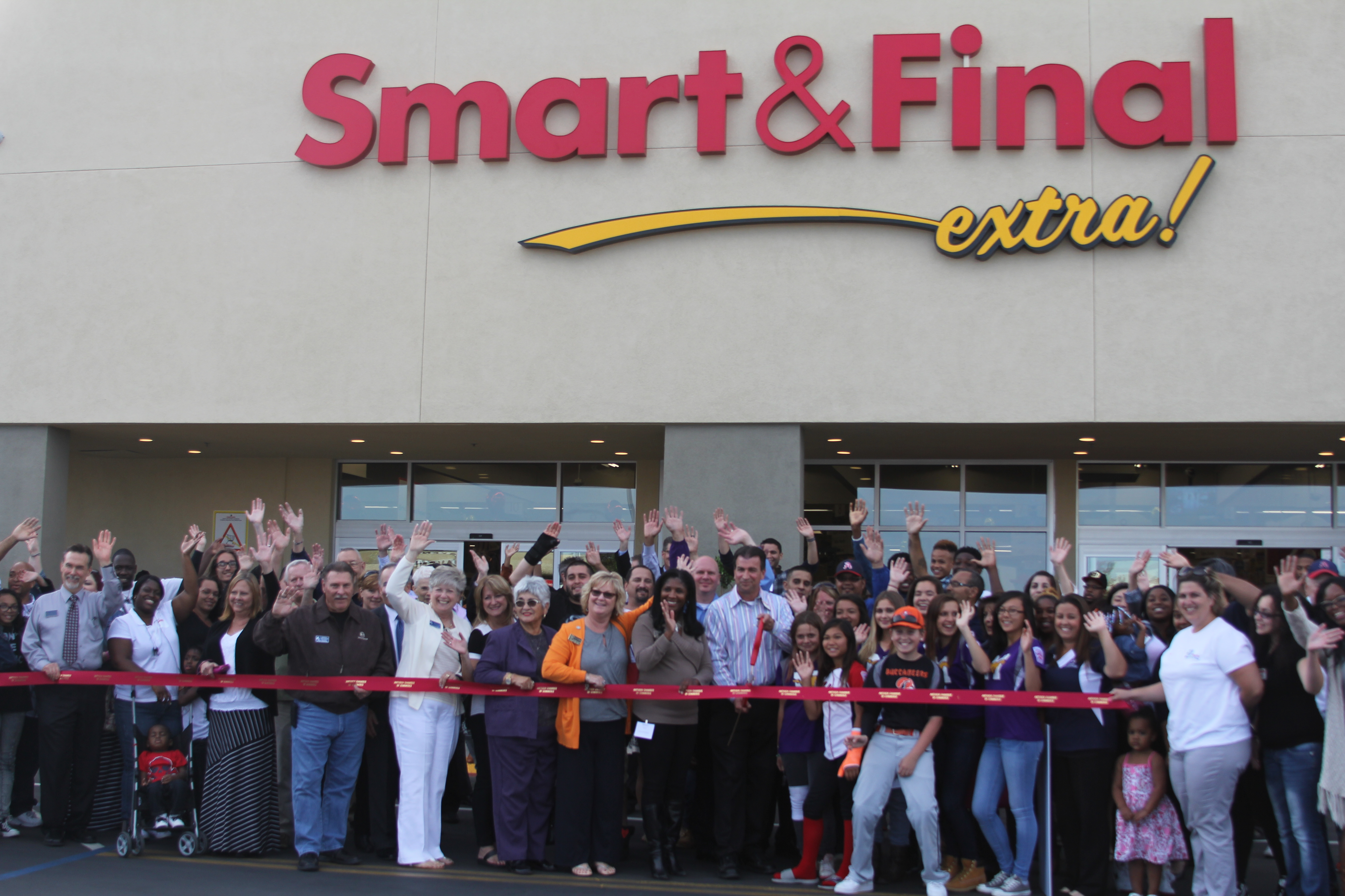 Smart amp final antioch store manager robert scholl cuts the ribbon with