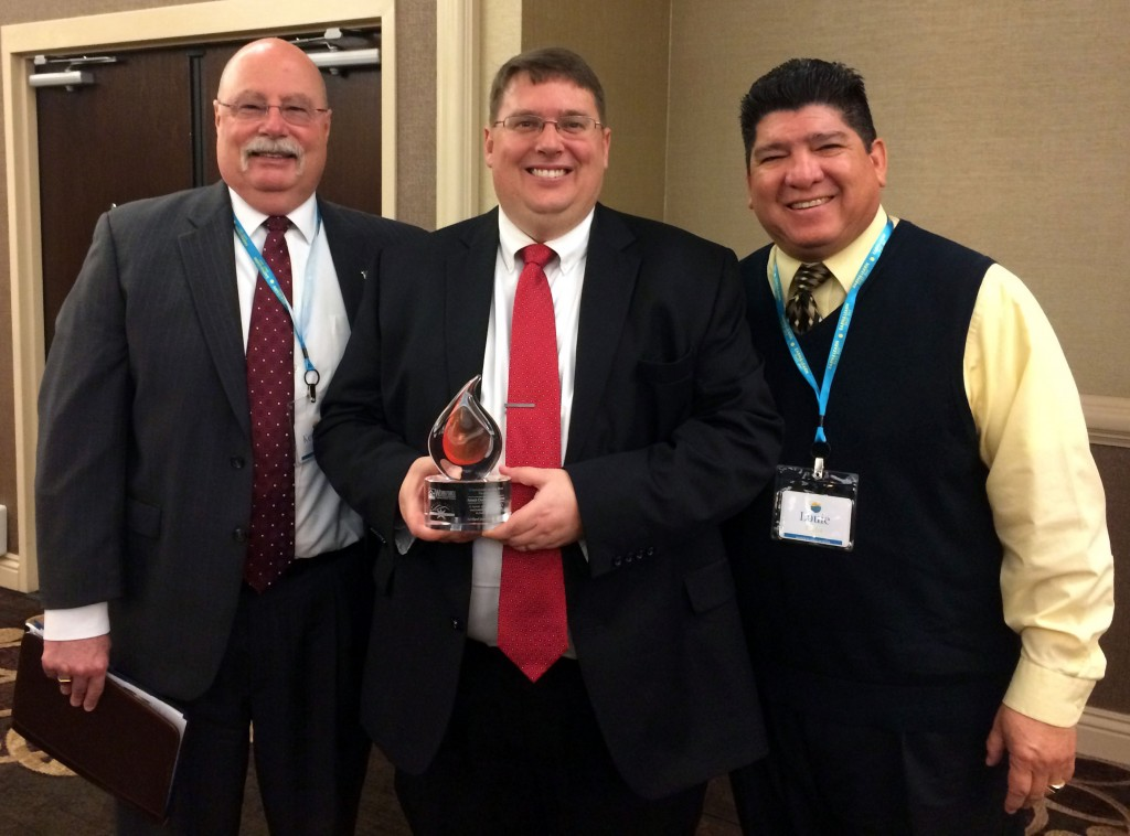 Antioch Chamber of Commerce CEO Dr. Sean Wright (center) with Principals Louie Rocha of Antioch High and Ken Gardner of Deer Valley High with the Earn & Learn award.