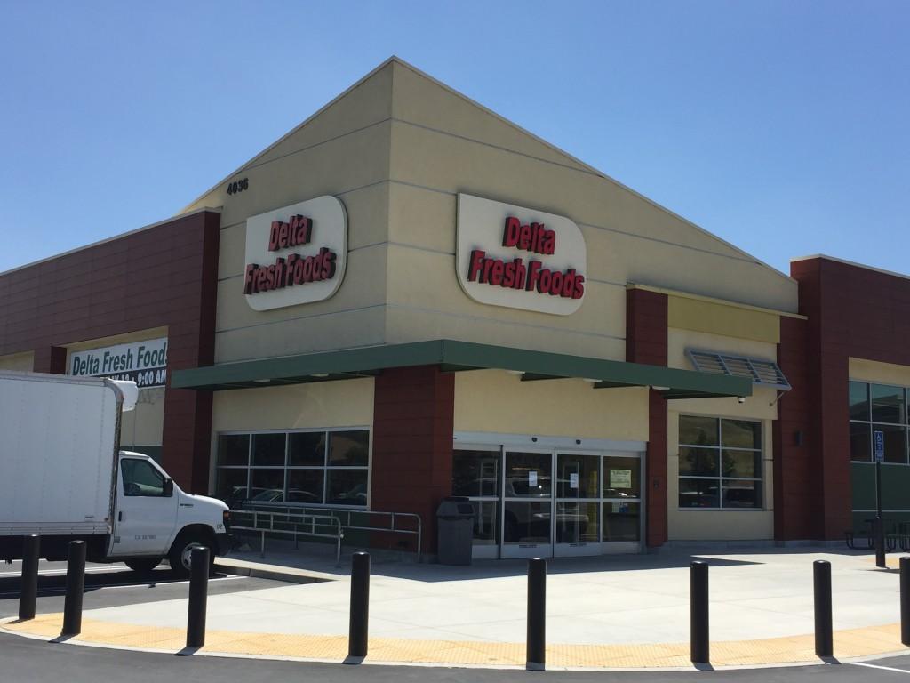 Delta Fresh Foods store